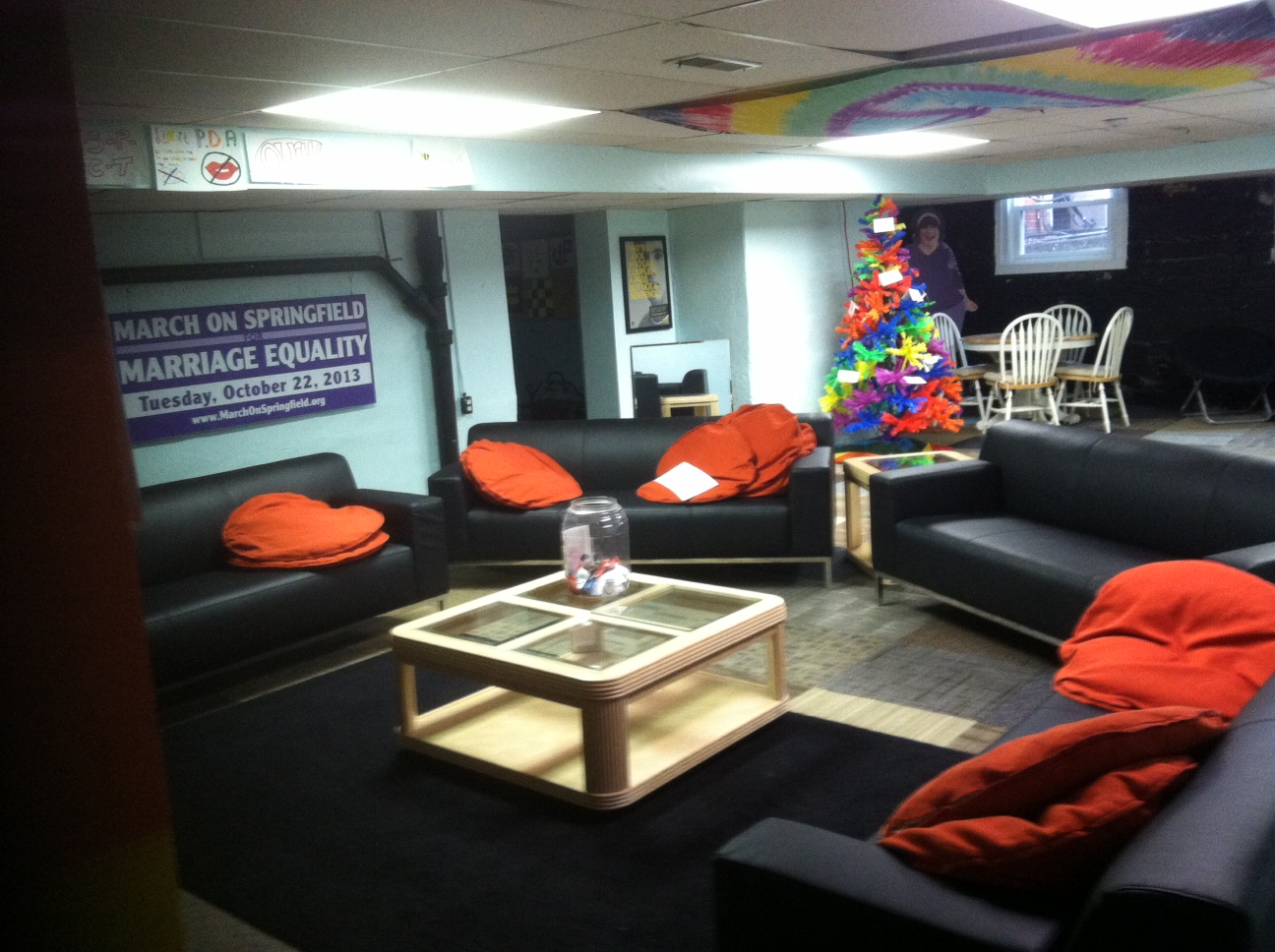 LGBT yOUTh Center | The Phoenix Center
